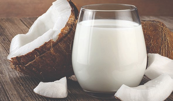 Benefits of coconut milk for hairs