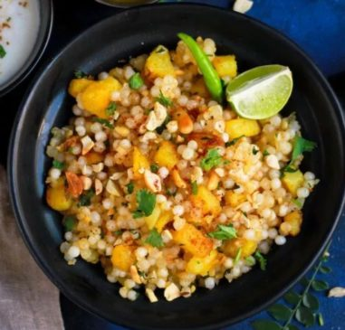 Sabudana khichdi for morning breakfast