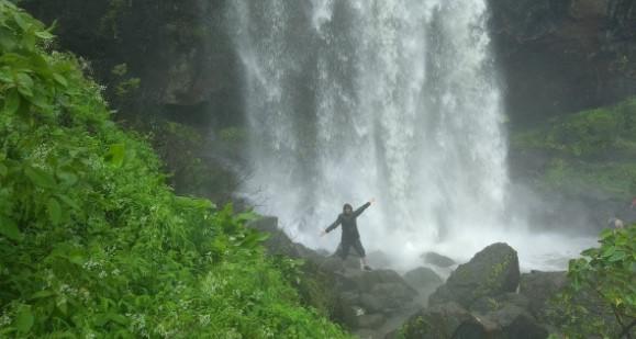 Thokarwadi Watefalls Mumbai
